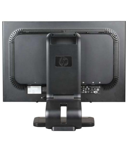مانتیور استوک HP 22 اینچ