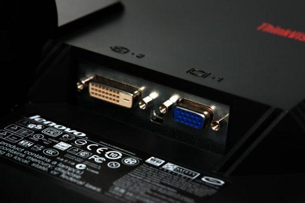 dtr 717 752x501 1 600x400 - مانیتور 19 اینچ لنوو Lenovo ThinkVision L197 استوک