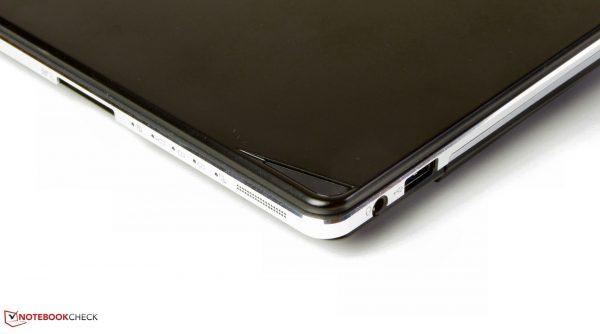 csm Fujitsu Lifebook S935 Ansicht7 b271754af6 600x334 - لپ تاپ فوجیتسو لایف بوک Fujitsu Lifebook S935