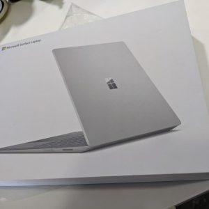 لپ تاپ ماکروسافت آکبند Surface Laptop